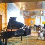 Piano melodies whilst you enjoy lunch at The Lounge, Four Seasons Hotel Hong Kong