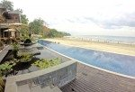 Infinity pool by the beach, great for sunsets. Sundara. Bali. Four Seasons
