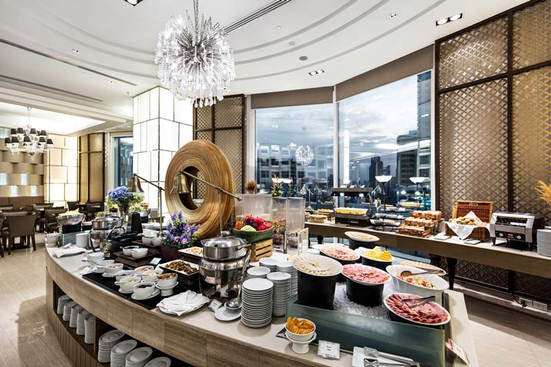 Deluxe buffet at Grand Centrepoint Terminal 21, Bangkok.